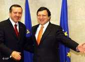Recep Tayyip Erdogan (left) meets EU Commission president Jose Manuel Barroso in Brussels, photo: AP
