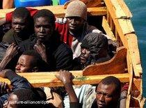 African refugees (photo: picture-alliance/dpa)