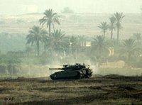 Israeli tank near Beit Hanoun in the northern area of the Gaza Stripe (photo: ap)