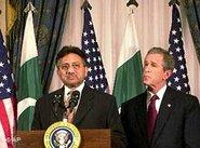 Pakistan's President Pervez Musharraf, George Bush (photo: AP)