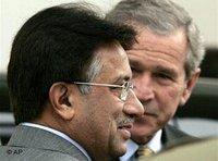 Pakistan's President Musharraf and US-President Bush (photo: AP)