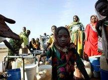 Refugees from Darfur in a camp close to the Chadian city Goz Beida (photo: AP)