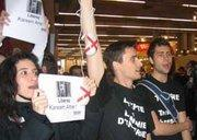 Protests against the jailing of Egyptian blogger Karim Amer (photo: RSF)