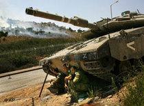 Israeli Tank at the border to Lebanon (photo: AP)