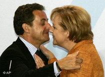 Nicholas Sarkozy, Angela Merkel (photo: AP)