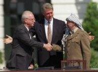 1993: Rabin and Arafat (photo: AP)