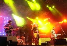 Hoba Hoba Spirit on stage (photo: David Siebert)