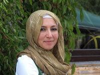 portrait of Hülya Kandemir (photo: Nimet Seker)