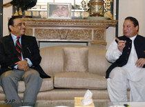 Asif Ali Zardari, left, and Nawaz Sharif in Islamabad, in August 2008 (photo: AP)