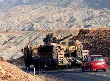 Turkish tanks near the border to Iraq (photo: AP)