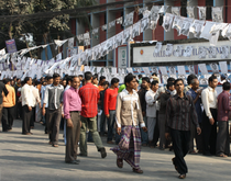 Voters in front of polling stations (photo: Jasmin Lorch)