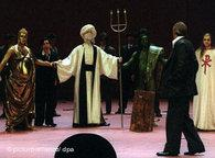 <i>Idomeneo</b> staging in Berlin (photo: dpa)