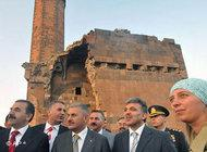 President Abdullah Gül and Turkish officials visiting Ani (photo: AP)