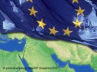 EU flag and Middle East map (source: dpa/AP/DW)