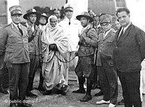 Omar Mukhtar is arrested by Italian colonialists, 1931 (photo: public domain)