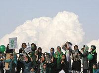 Mousavi supporters demonstrating in Tehran (photo: AP)