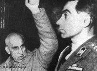 Mohammad Mossadegh in military court after he was forced to resign in 1953 (photo: DW)