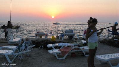 Sunset at a Lebanese Beach (photo: Birgit Kaspar)