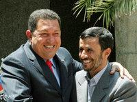 Hugo Chavez (left) with Mahmoud Ahmadinejad (photo: AP)