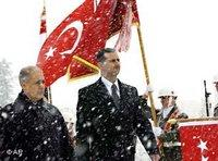 Ahmet Neecdet Sezer of Turkey, left, and his Syrian counterpart Bashar Assad in Ankara (photo: AP)