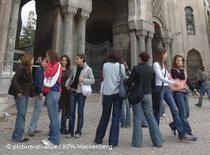 Students at the Istanbul Bilgi University (photo: © picture-alliance/KPA/Hackenberg)