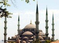 The Sultan-Ahmet-Mosque in Istanbul (photo: dpa)