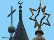 Religious symbols representing Christianity, Islam and Judaism (photo: DW)