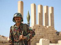 Yemeni soldier (photo: DW/Heymanch)
