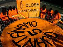 Amnesty International protest for the closing of Guantanamo (photo: AP)