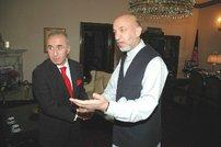 Hikmet Çetin and Afghan President Hamid Karzai (photo source: Ayse Karabat)