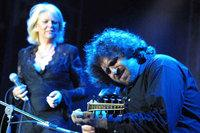 Kamal Musallam and French Jazz singer Anne Ducros (photo: www.kamalmusallam.net)