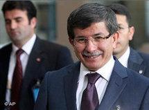 Ahmet Davutoğlu at NATO meeting in Brussels (photo: AP)