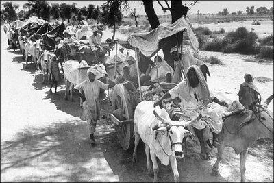 Refugees during the events of the Indian-Pakistani partition in 1947 (photo: Margaret Bourke-White/source: Wikipedia)