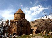 Armenien Church of the Holy Cross on Akdamer Island in the Van Lake, East Anatolian (photo: picture-alliance/dpa)