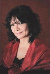Salwa Al Neimi (photo: T. Langro)