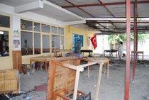 Destroyed coffeehouse in Dörtyol (photo: Ayse Karabat)