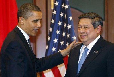 US President Barack Obama and Indonesia's President Susilo Bambang Yudhoyono at the APEC summit (photo: AP)