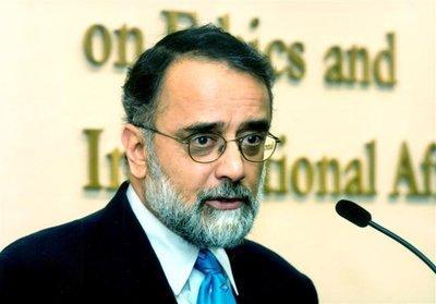 Ahmed Rashid (photo: www.ahmedrashid.com)