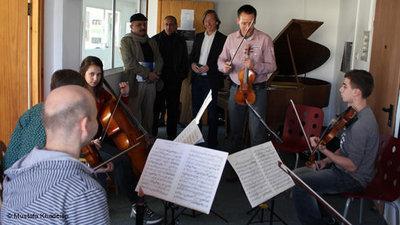 Ramallah rehearsal (photo: &copy Mustafa Khadeisa)