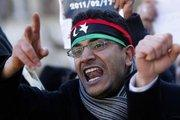 A man protests against the regime in Libya (photo: AP)