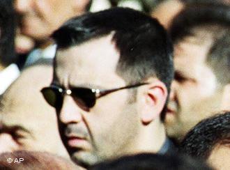 Maher al-Assad (right) and Assef Shawkat (left) (photo: AP)