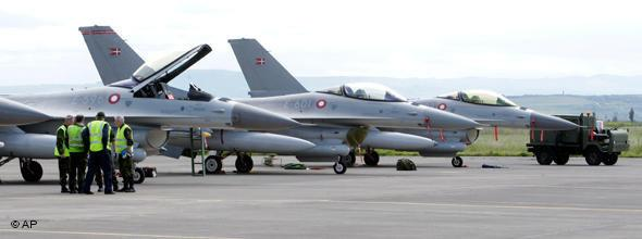 Nato fighter jets on Sicily (photo: AP)