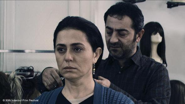 Scene from Tayfun Pirselimoglu's 'Saç' (photo: DW/Istanbul Film Festival)