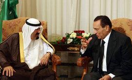Saudi Arabiens König Abdullah mit Hosni Mubarak; Foto: AP