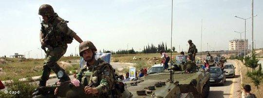 Syrische Panzer im Einsatz; Foto: dapd