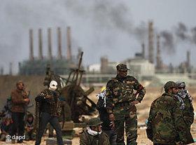 Libyan rebels near Ras Lanuf (photo: dapd)