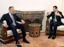 President Assad (right) with Russia's Foreign Minister Sergey Lavrov in Damascus (photo: dpa)
