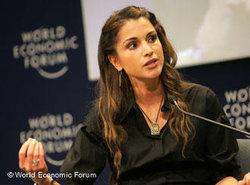 Queen Rania of Jordan at the World Economic Forum on the Middle East in Jordan (photo: World Economic Forum)