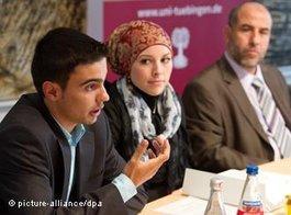 Studierende der islamischen Theologie an der Universität Tübingen; Foto: dpa