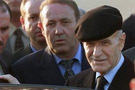 Hafez al-Assad (right) (photo: AP)